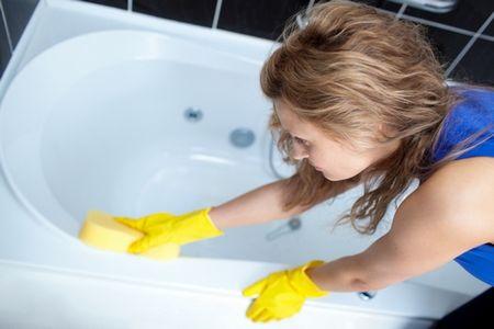 Уход за акриловым вкладышем в ванную